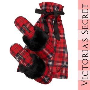 VICTORIA'S Secret Red Plaid Slipper Set NWT